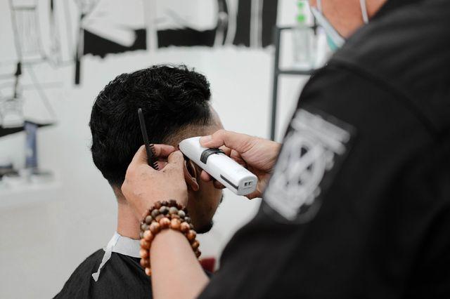 Como utilizar una máquina corta pelo